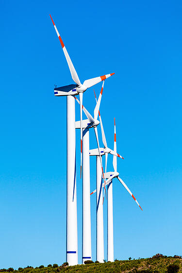 Advantages of Distributed Wind Generation - 4 turbines